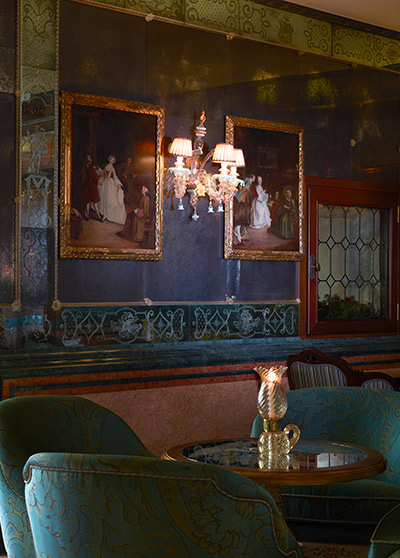 Elegant Drinking Bar Longhi The Gritti Palace Venice