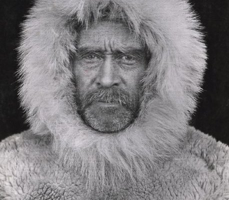 this-1908-photo-made-by-an-unidentified-photographer-and-provided-by-national-geographic-via-christies-auction-house-is-a-portrait-of-arctic-explorer-adm-610516-8ed0e000c756af1d1e0f6a70670031e3