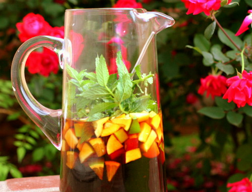 The Perfect Pimm's Cup & the Perfect Garden | Journey of the Orange ...